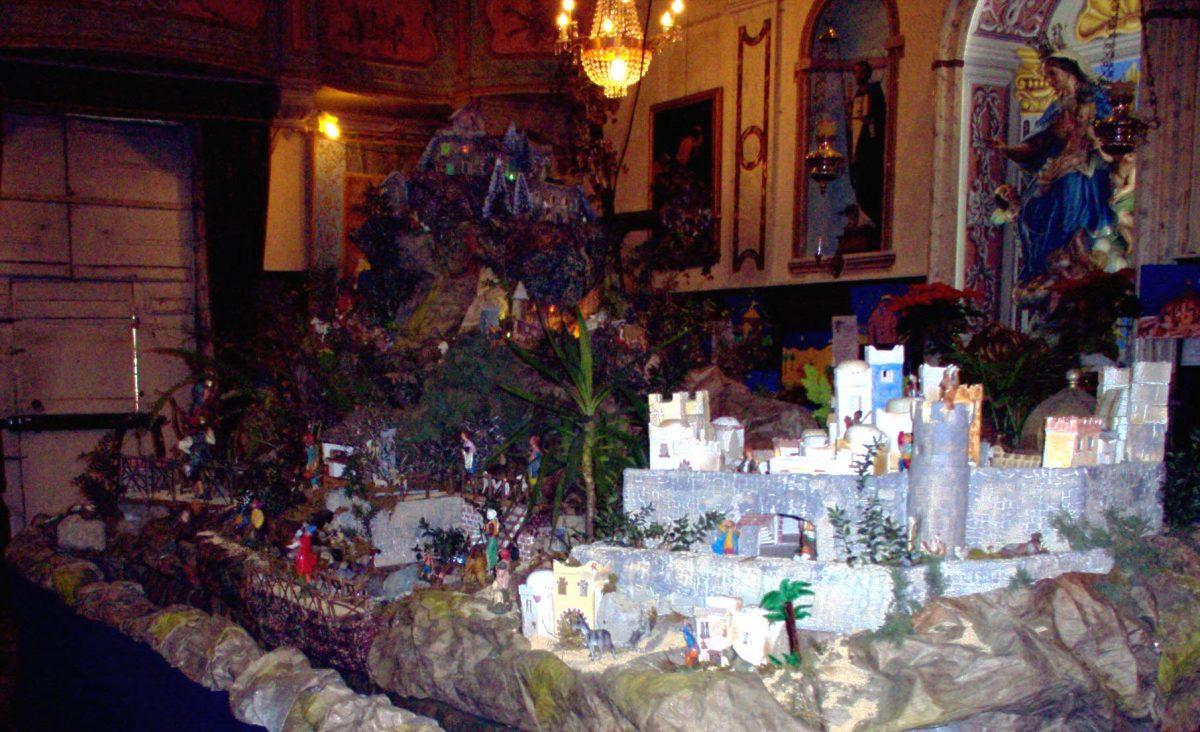 Presepe 2003-04 Monte e città